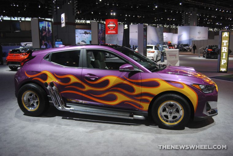 Hyundai Veloster Ant-Man and the Wasp Marvel Studios movie edition purple car flames display (3)