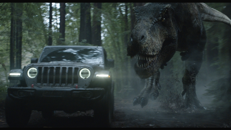 Jeff Goldblum Turns The Tables On A T Rex During Jeep S