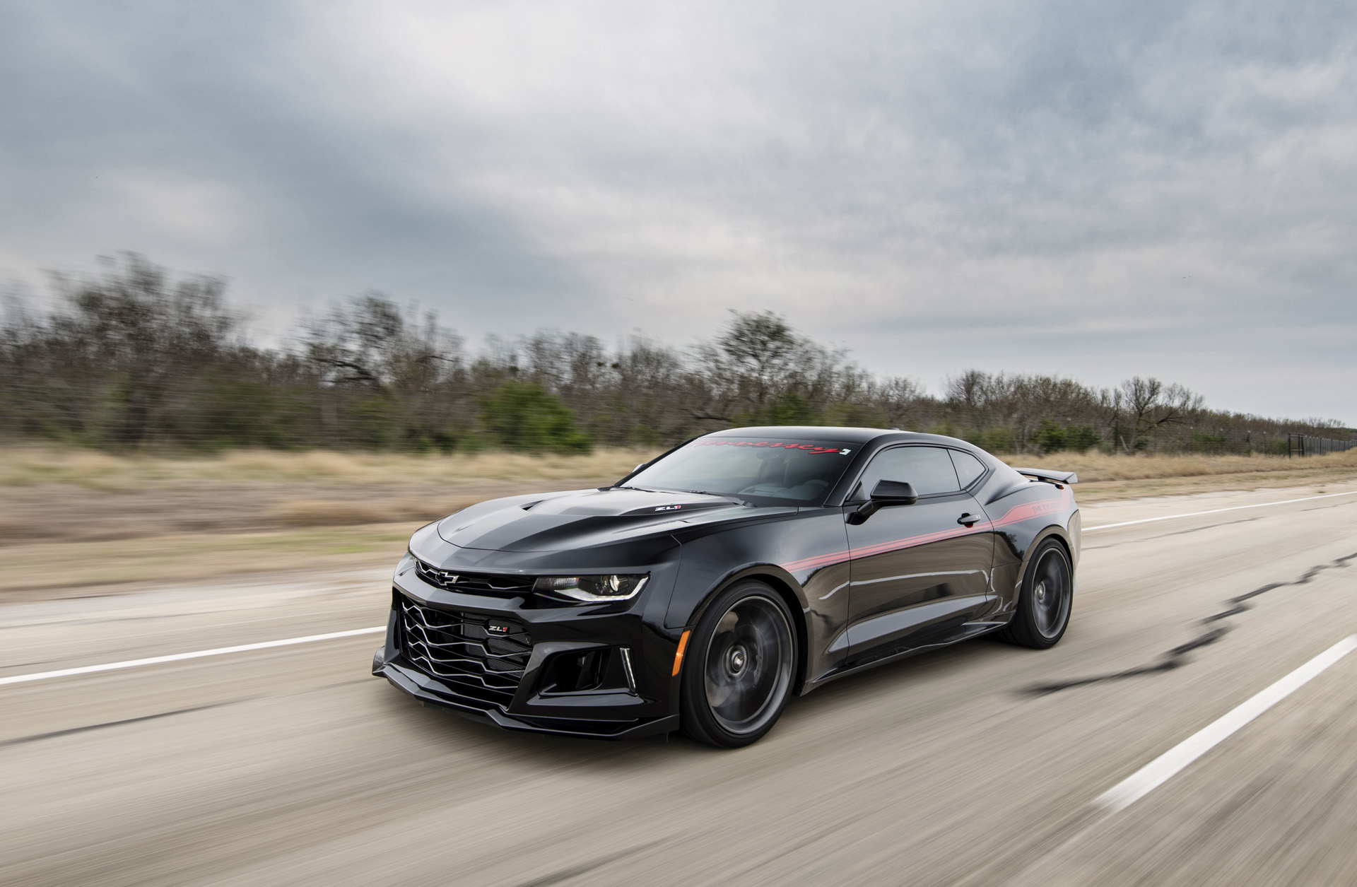 Hennessey Exorcist Camaro ZL1 Reaches Top Speed Of 217