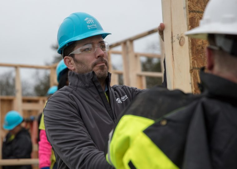 Nissan supports Habitat's Home is the Key campaign