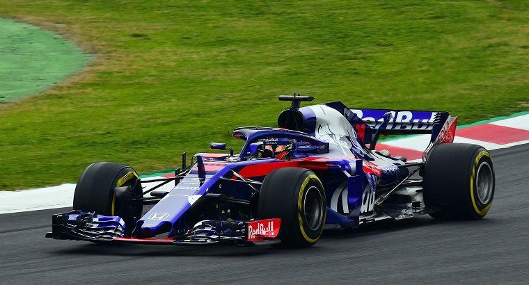 Brendon Hartley in the Toro Rosso STR13