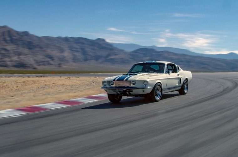 1967 Ford Mustang Shelby GT500 Super Snake Continuation Car
