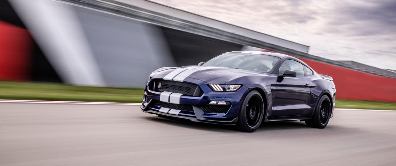 Mustang Gt Horsepower >> 2019 Ford Mustang Shelby GT350 Keeps Bringing the Heat With Latest Updates - The News Wheel