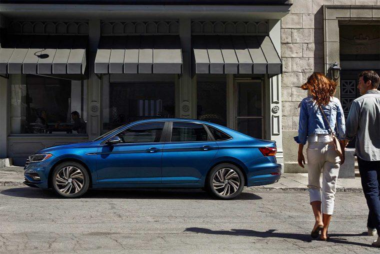 2019 Volkswagen Jetta SEL Premium Silk Blue metallic side
