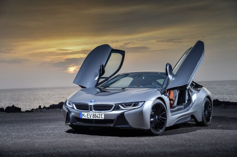 2019-bmw-i8-coupe-01