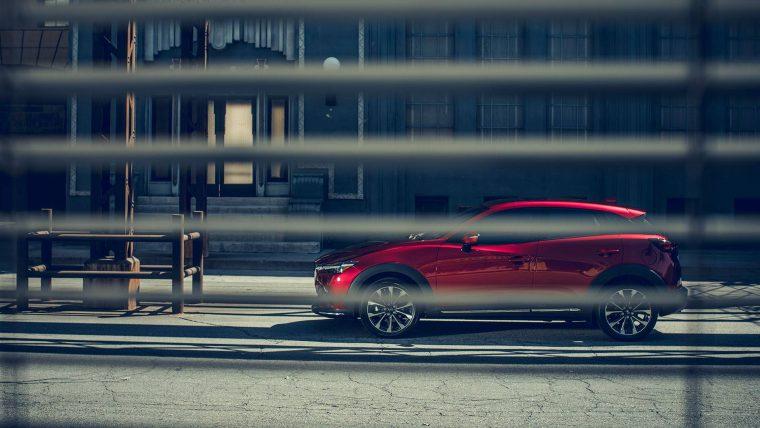 2019-mazda-cx-3-compact-crossover-profile