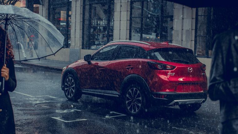 2019-mazda-cx-3-compact-crossover_rear-view