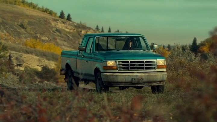 Wynonna Earp Blue and White Truck 1992 Ford F-150