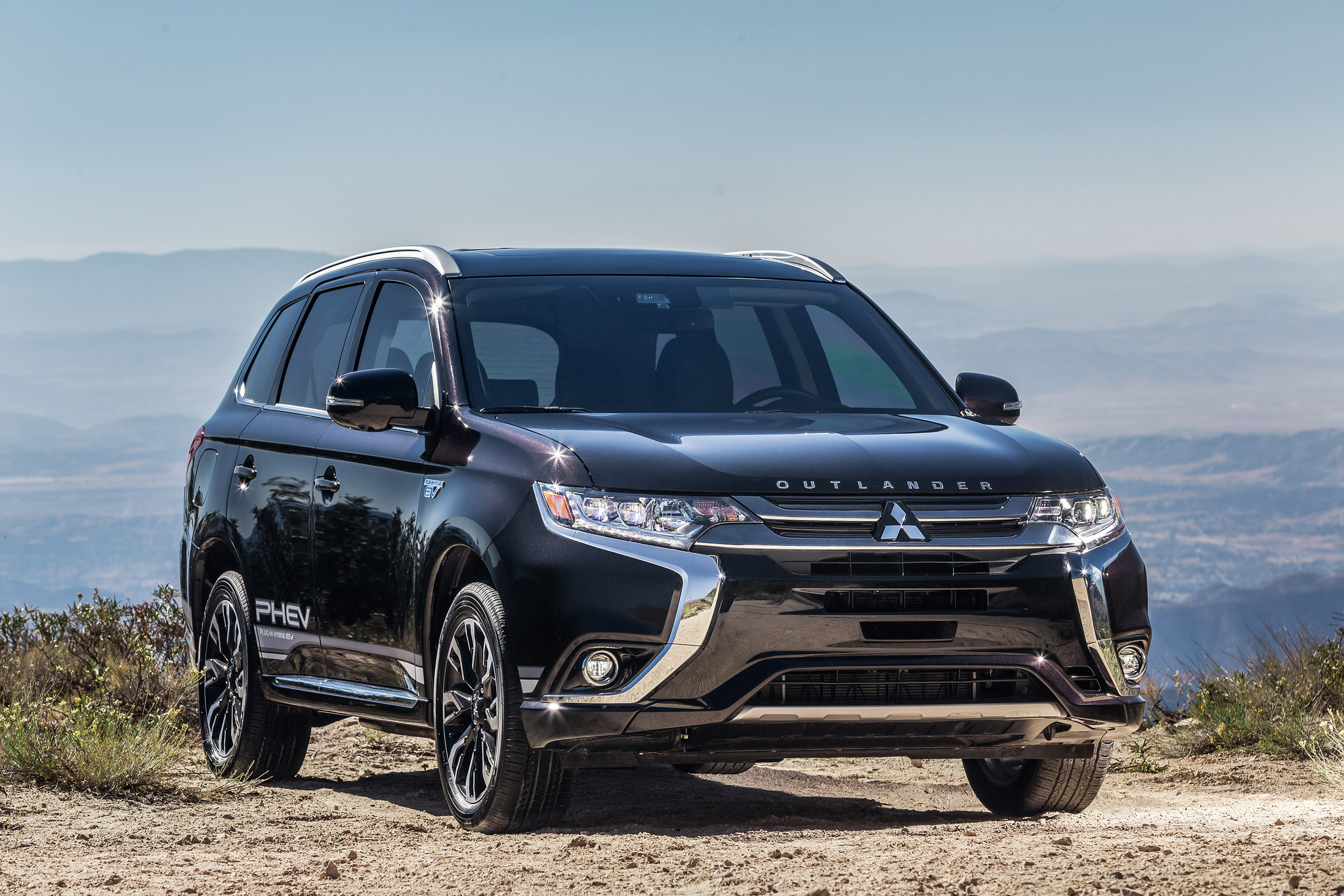Mitsubishi Raises The Game With Updated Outlander Phev The News