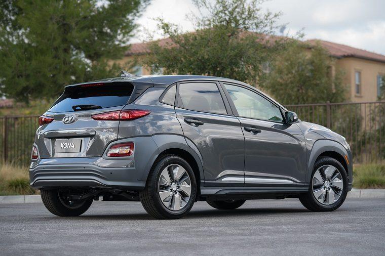 2019 Hyundai Kona Electric Boasts 258 Mile Range Beats Chevy Bolt
