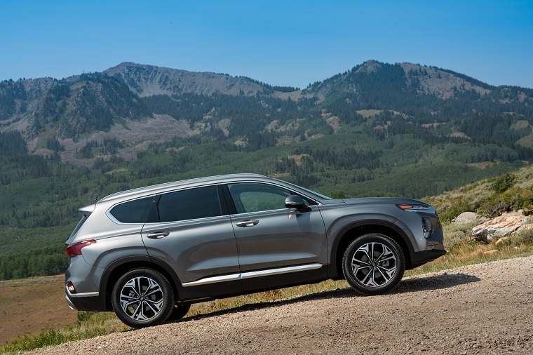 2018 Hyundai Santa Fe Sport >> [PHOTOS] Redesigned 2019 Hyundai Santa Fe Features New ...