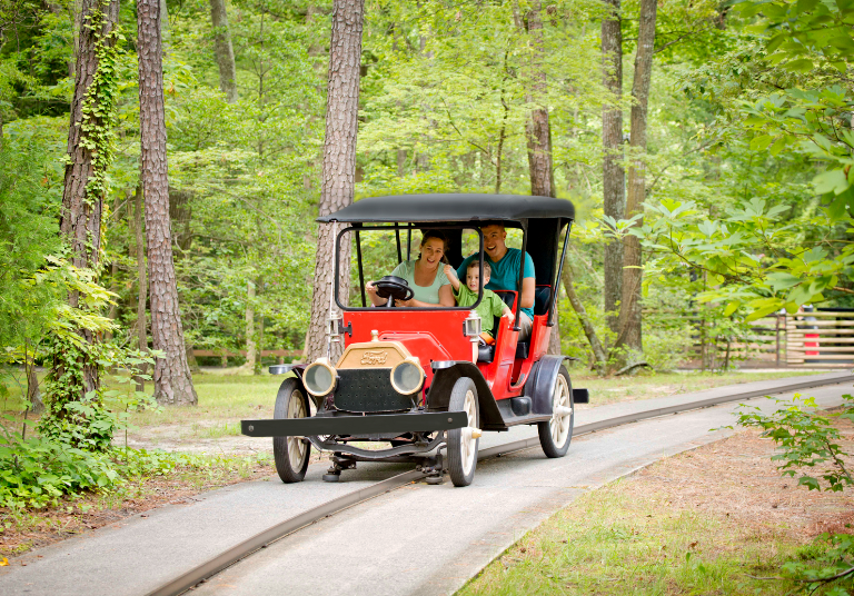The Kings Island Antique Car Ride Will Return in 2019 - The News Wheel