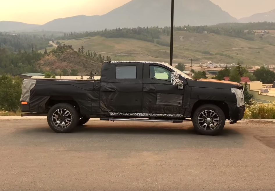 Spy Shots: 2020 GMC Sierra HD Suggests LED Lighting - The ...