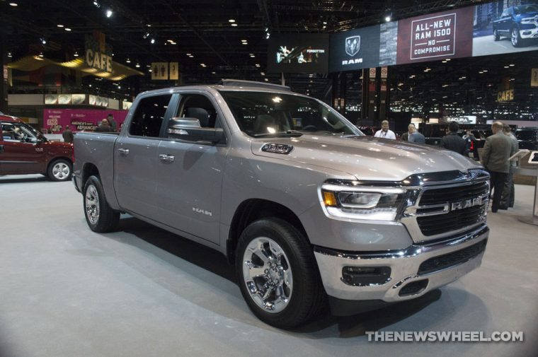 Best Family Truck >> Edmunds Names 2019 Ram 1500 Best Family Truck Of 2019 The