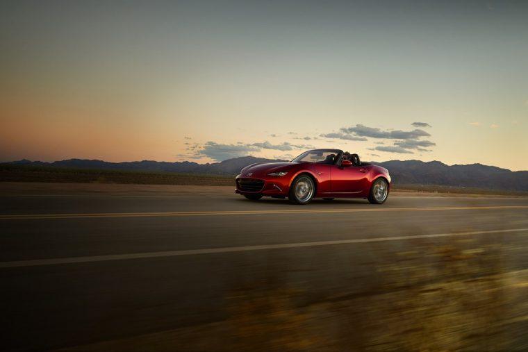 2018 Mazda Miata red