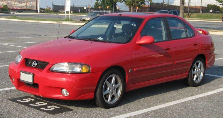 Nissan Sentra SE-R red