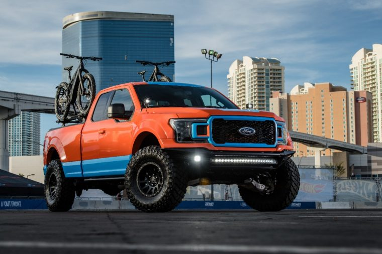 2018 SEMA 2018 F-150 XLT Sport 4x4 SuperCab by Full-Race Motorsports | Ford Picks Up Three Vehicle of the Year Awards at SEMA 2018