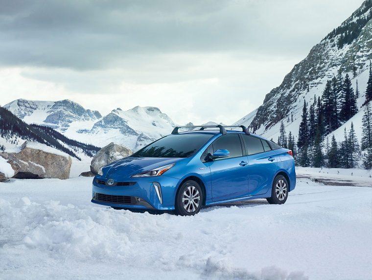 2019 Toyota Prius e-AWD