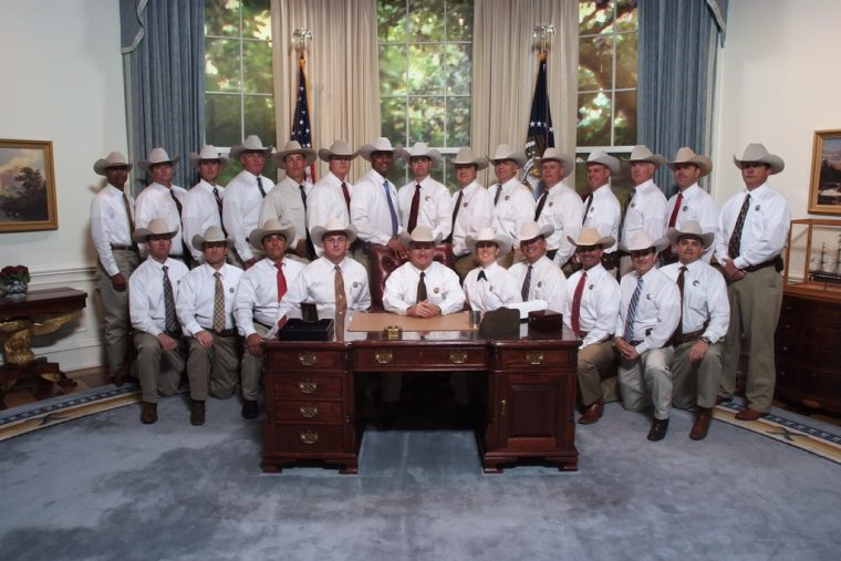 george h.w. bush presidential library and museum replica oval office