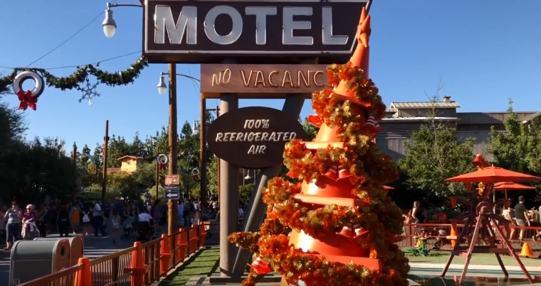 Disney Cars Christmas Decorations.Disney California Adventure Park Decorates Cars Land For The