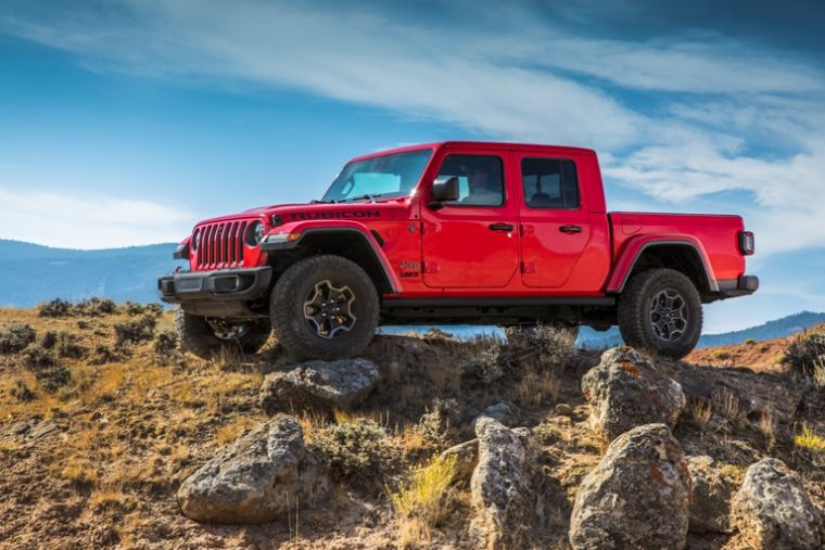 Best Family Truck >> 2020 Jeep Gladiator Earns Best Family Pickup Truck Honor