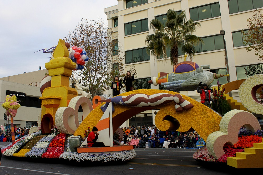 hondas celebration  dreams float  lead   rose parade  news wheel