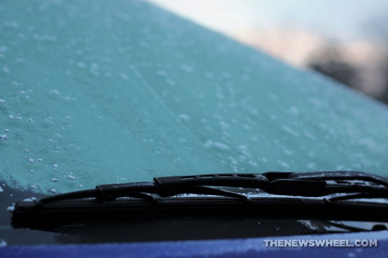 Tips to remove ice frost from car windshield windows glass winter freeze scraping