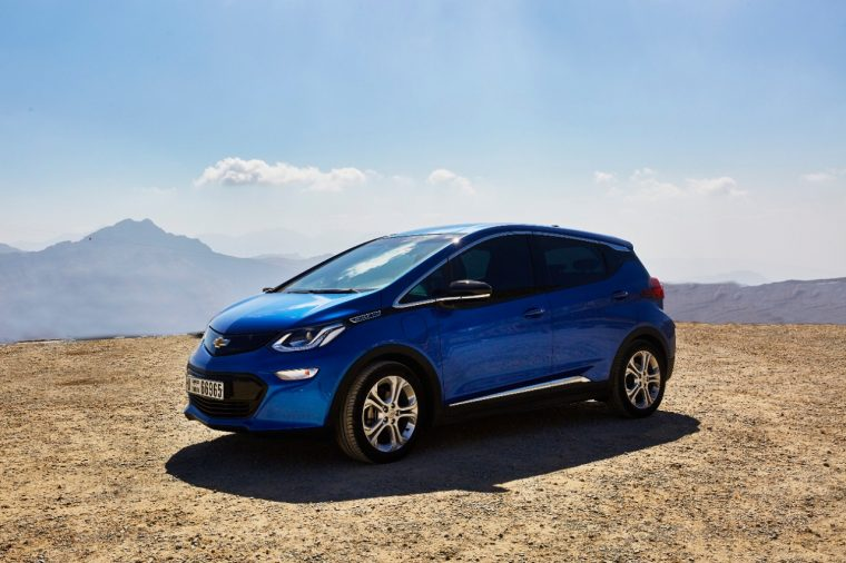 Green Car Reports >> Chevy Bolt Places On Green Car Reports Top 10 Greenest Cars