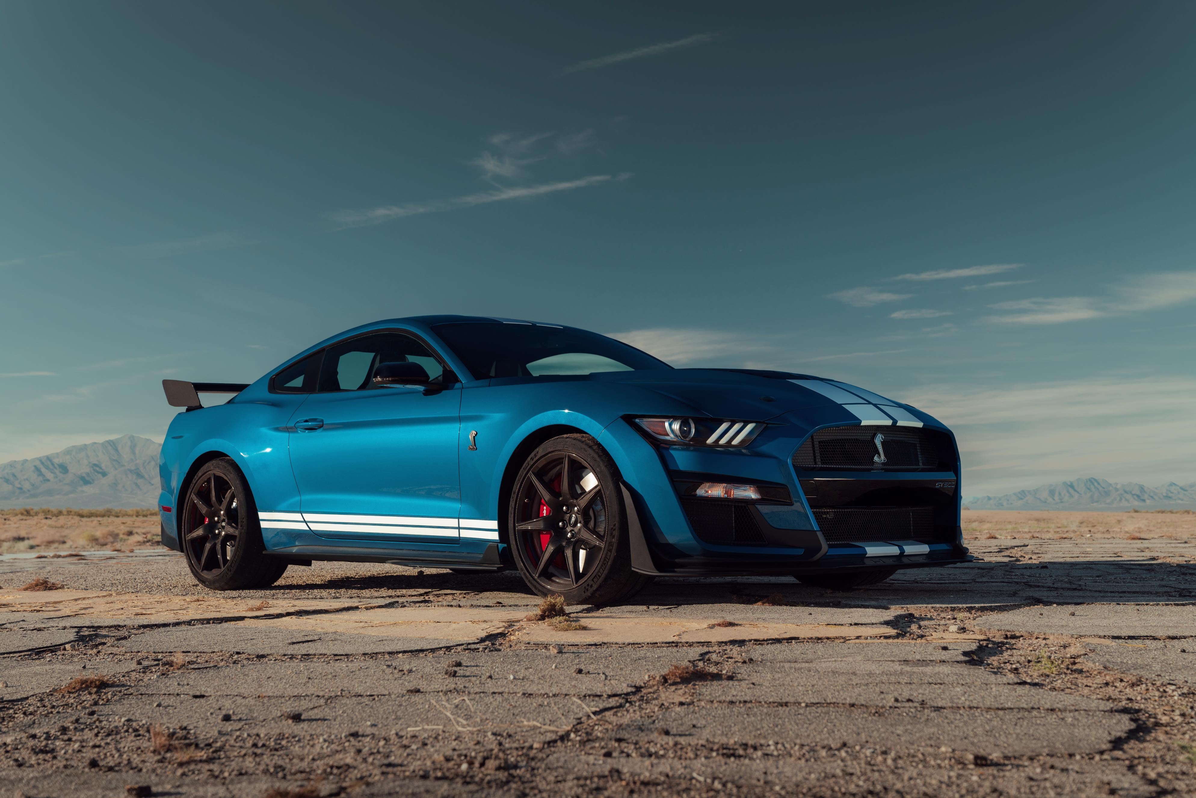 mustang shelby gt wins  eyeson design award   production vehicle  news wheel