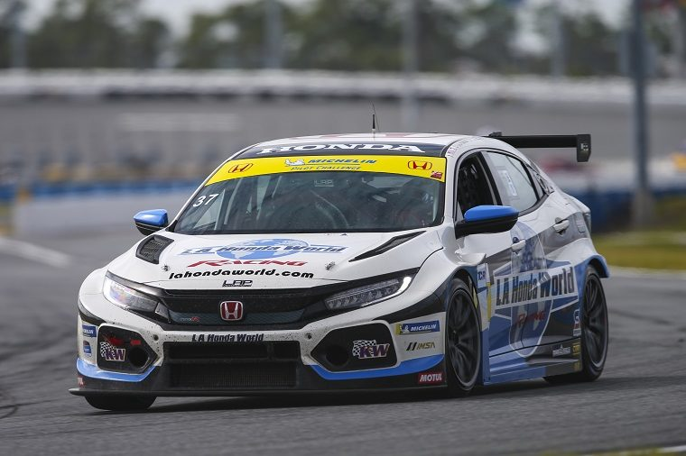 Honda Civic Type R TCRs Finish 1-2 in Daytona Debut