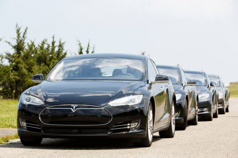 Magnises Tesla 2015 Test Drive Monmouth Executive Airport Runway