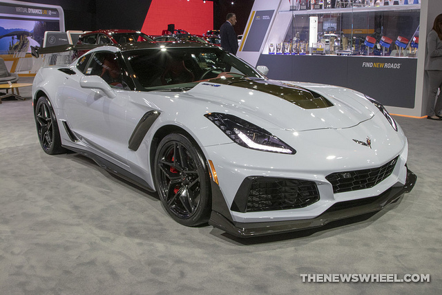 2019 Chevy Corvette Makes Us News List Of 24 Most Comfortable Luxury Cars In 2019 The News Wheel