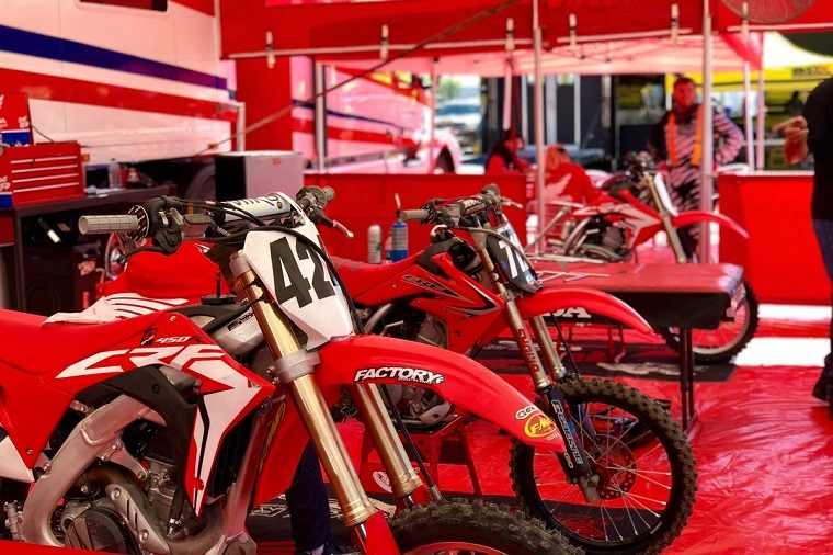 Honda Red Rider support