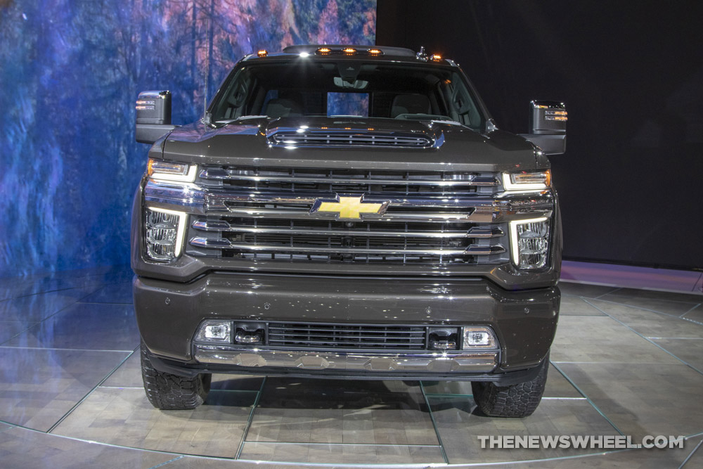 All-New Mirrors on 2020 Chevy Silverado HD Offer Towing ...