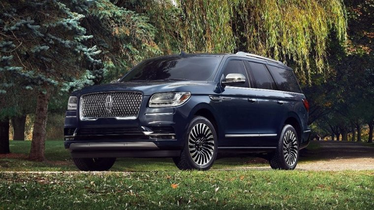 2019 Lincoln Navigator | 2019 Good Housekeeping Best Large Luxury SUV