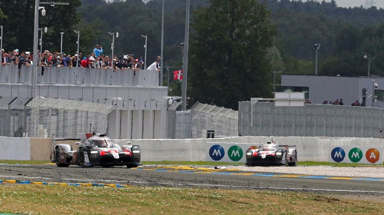 #8 and #7 Toyota at 2019 Le Mans