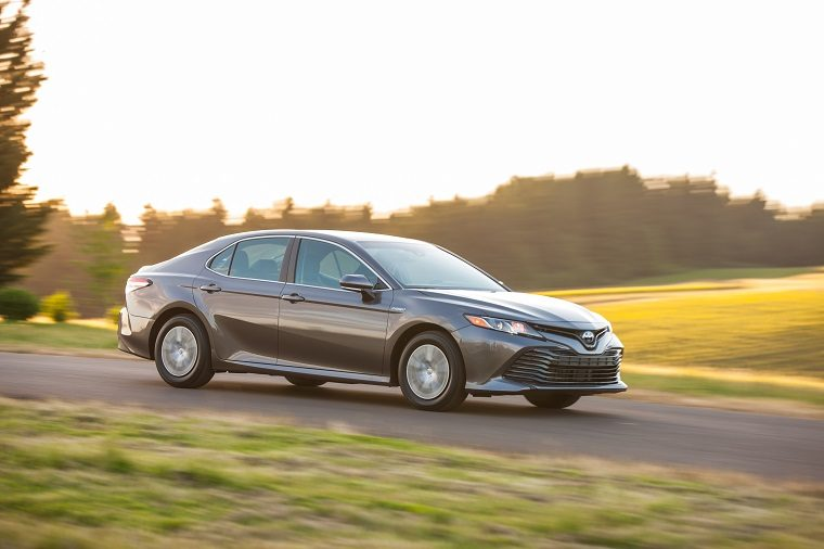 2019 Toyota Camry LE Hybrid