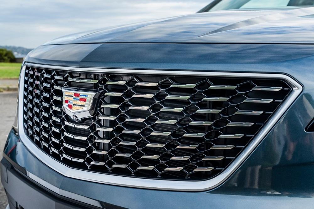 2020 Cadillac XT4 Premium Luxury Exterior