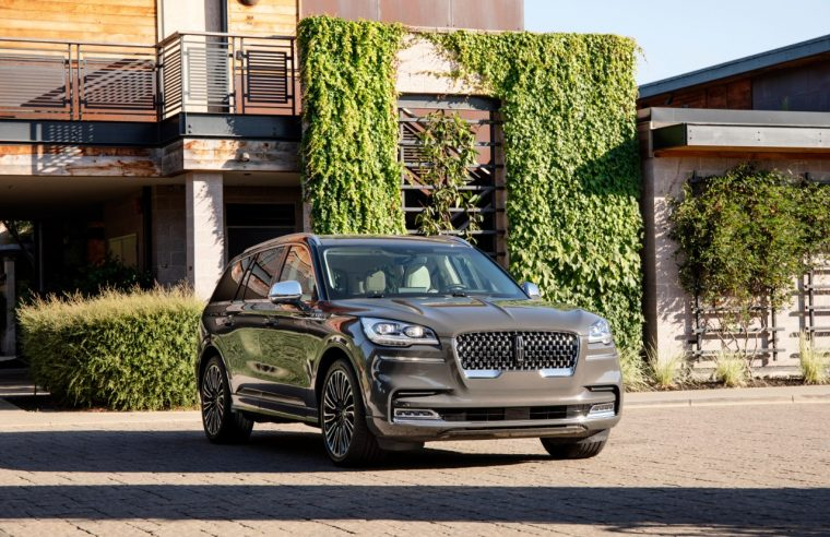 Globe and Mail 2020 Lincoln Aviator review