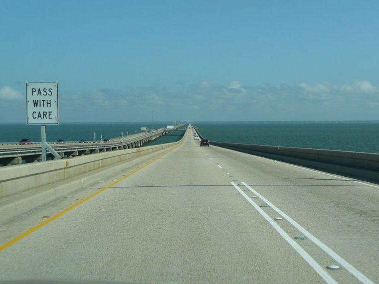 Lake Pontchartrain Causeway longest bridges