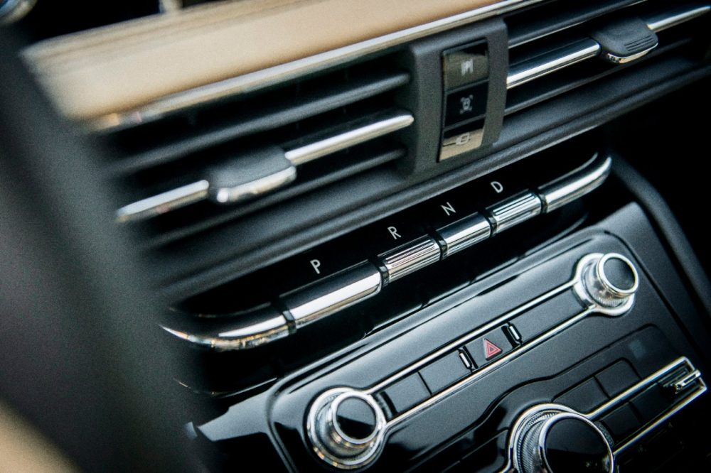 2020 Lincoln Corsair Cashew interior