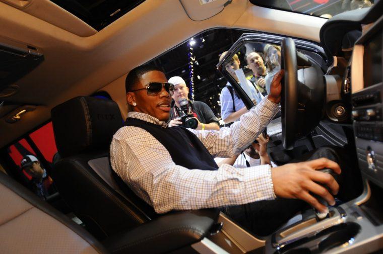 Nelly in a Ford Flex at SEMA 2008