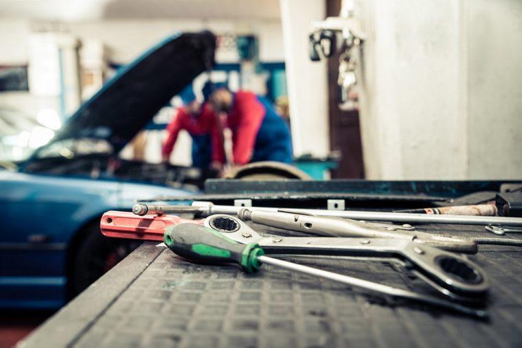 Car Mechanic Service Bay