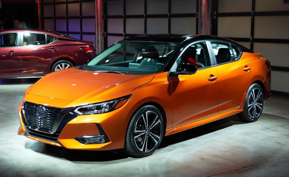 Car Show 2020.Nissan Sentra Debuts New Look At 2019 La Auto Show The