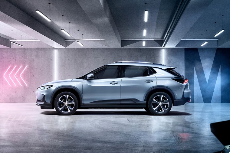 Chevrolet Menlo Electric Crossover Debuts in China - The ...