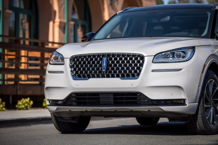 Lincoln Corsair Grand Touring in Ceramic Pearl