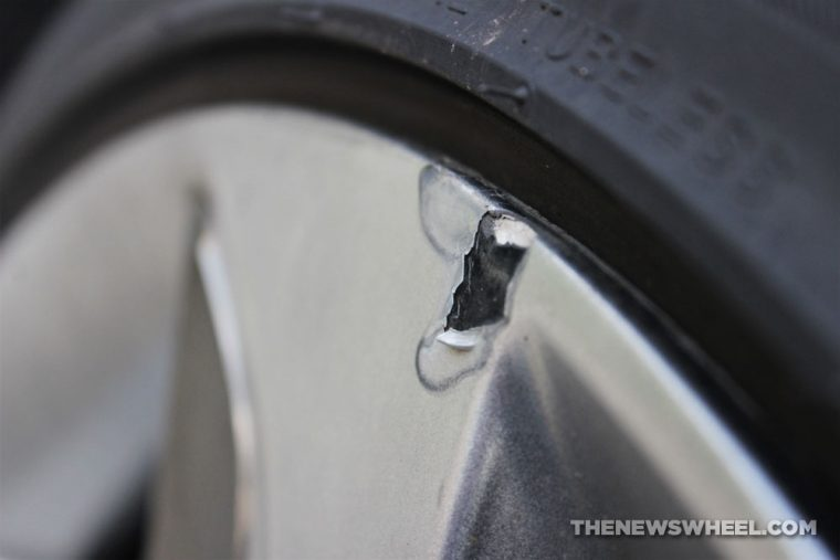 wheel rim chrome paint chip peeling hubcap surface damage