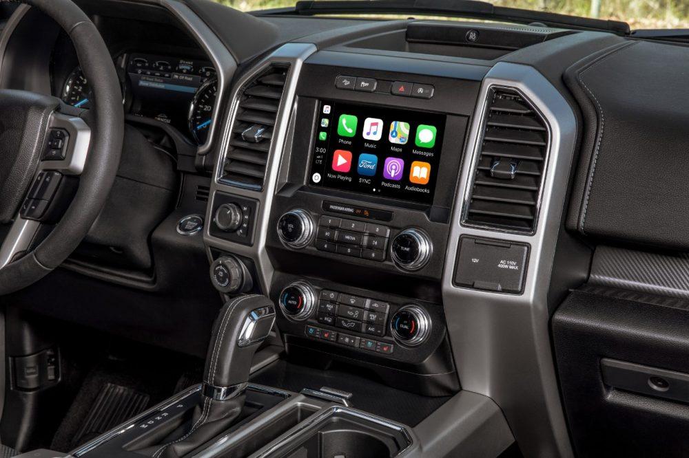 2020 Ford F-150 Lariat Apple CarPlay