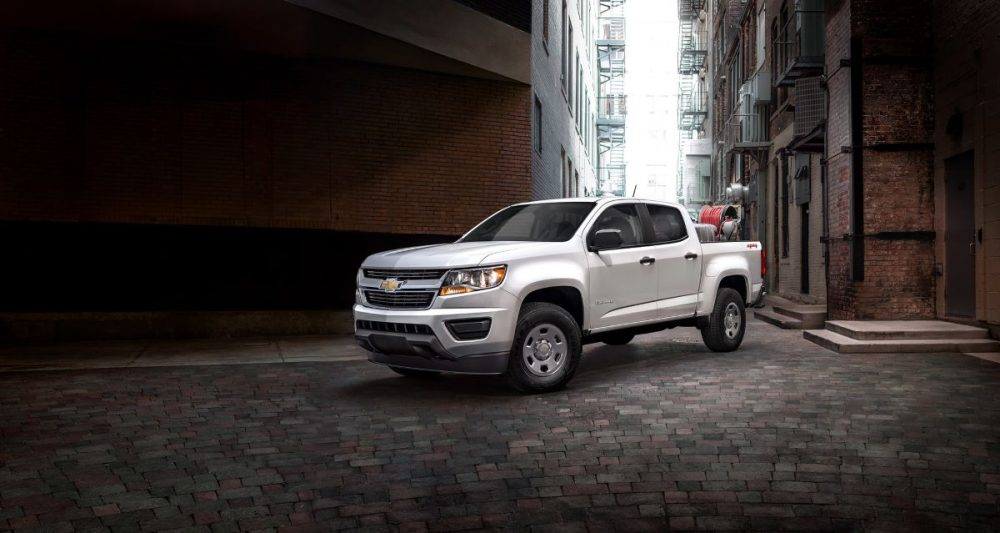 Front side view of 2020 Chevrolet Colorado parked in city