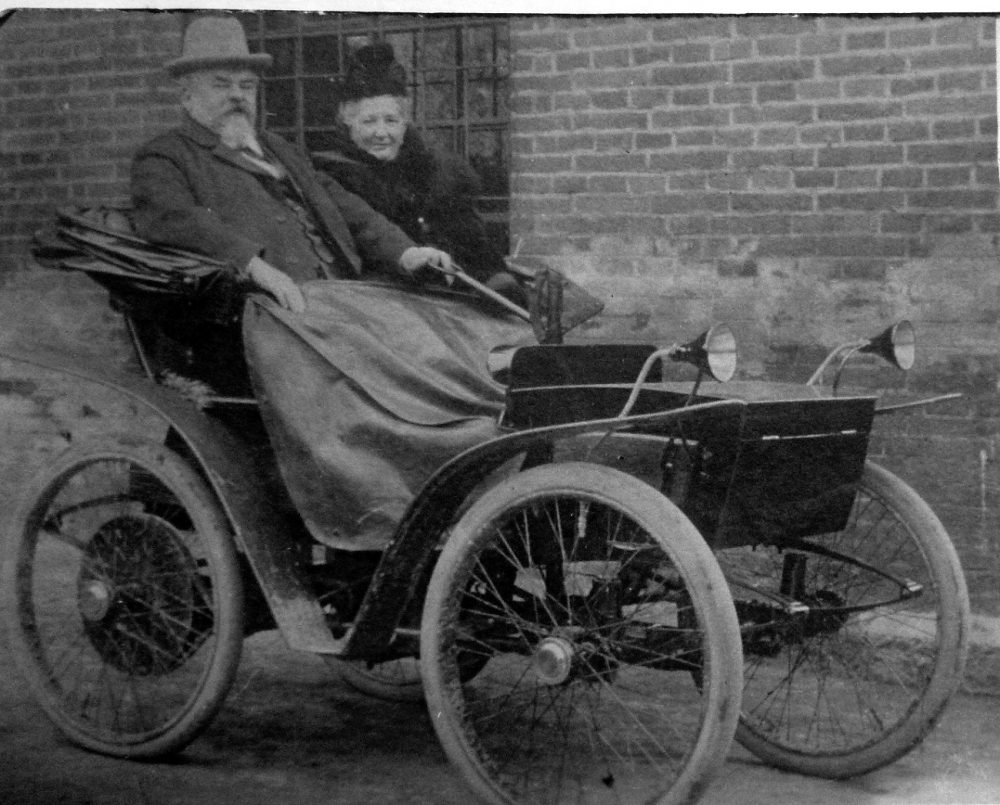 The Flocken Elektrowagen, circa 1903